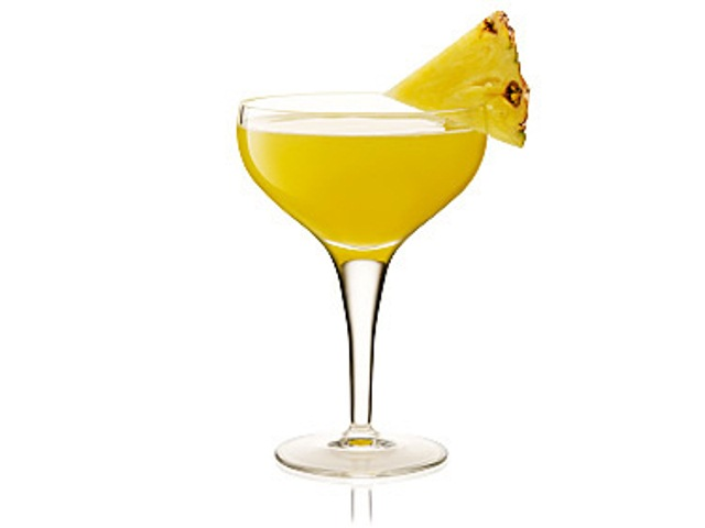 fresh-pineapple-martini