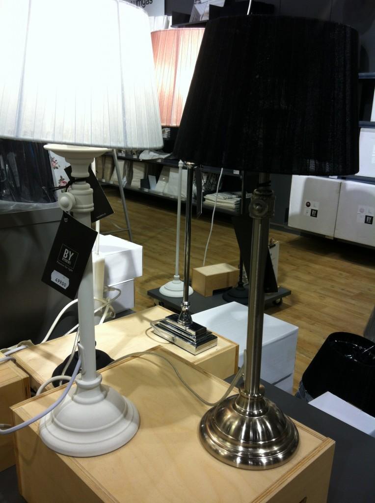 vit lampa