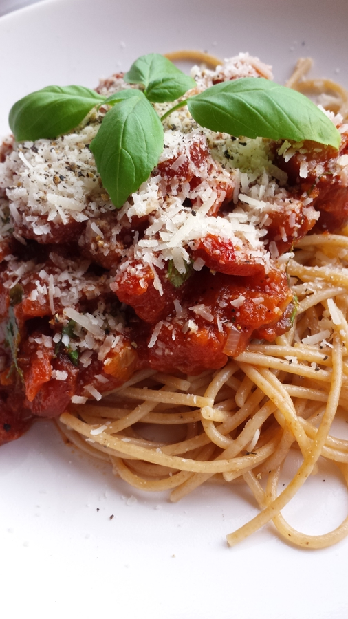 spagetti med korvsås