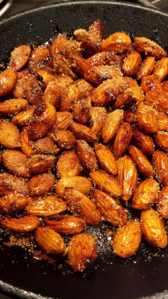 Karamelliserade mandlar