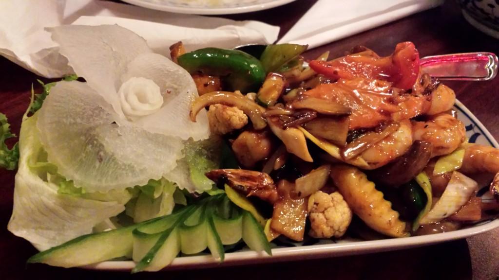 Räkor med thaibasilika och chili