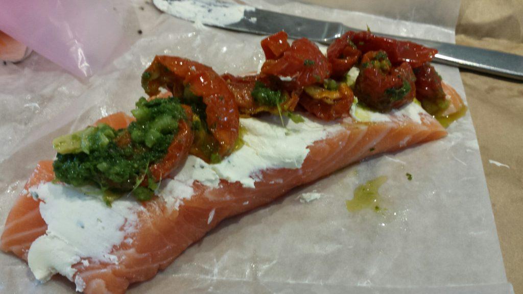lax med soltorkade tomater och bacon
